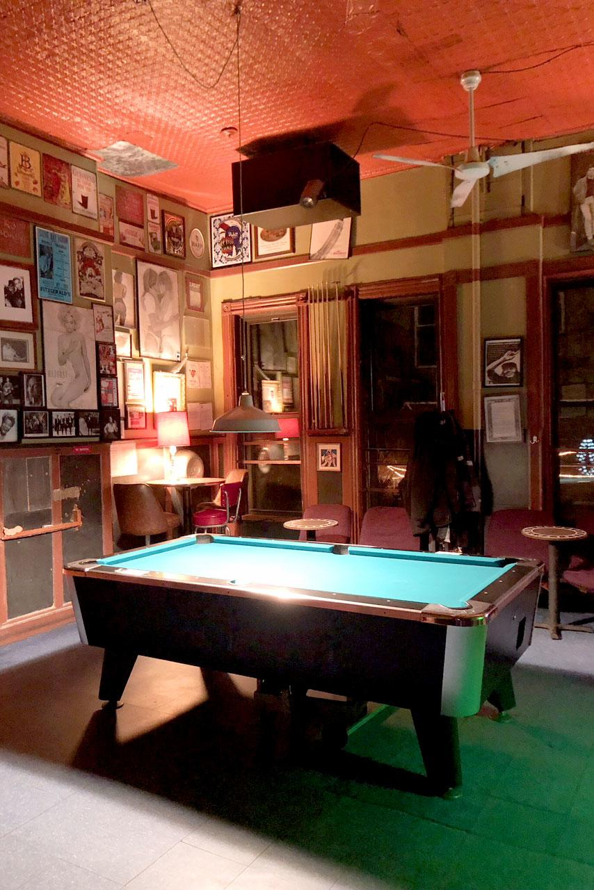 The Worlds 9 Best Lesbian Bars-5090