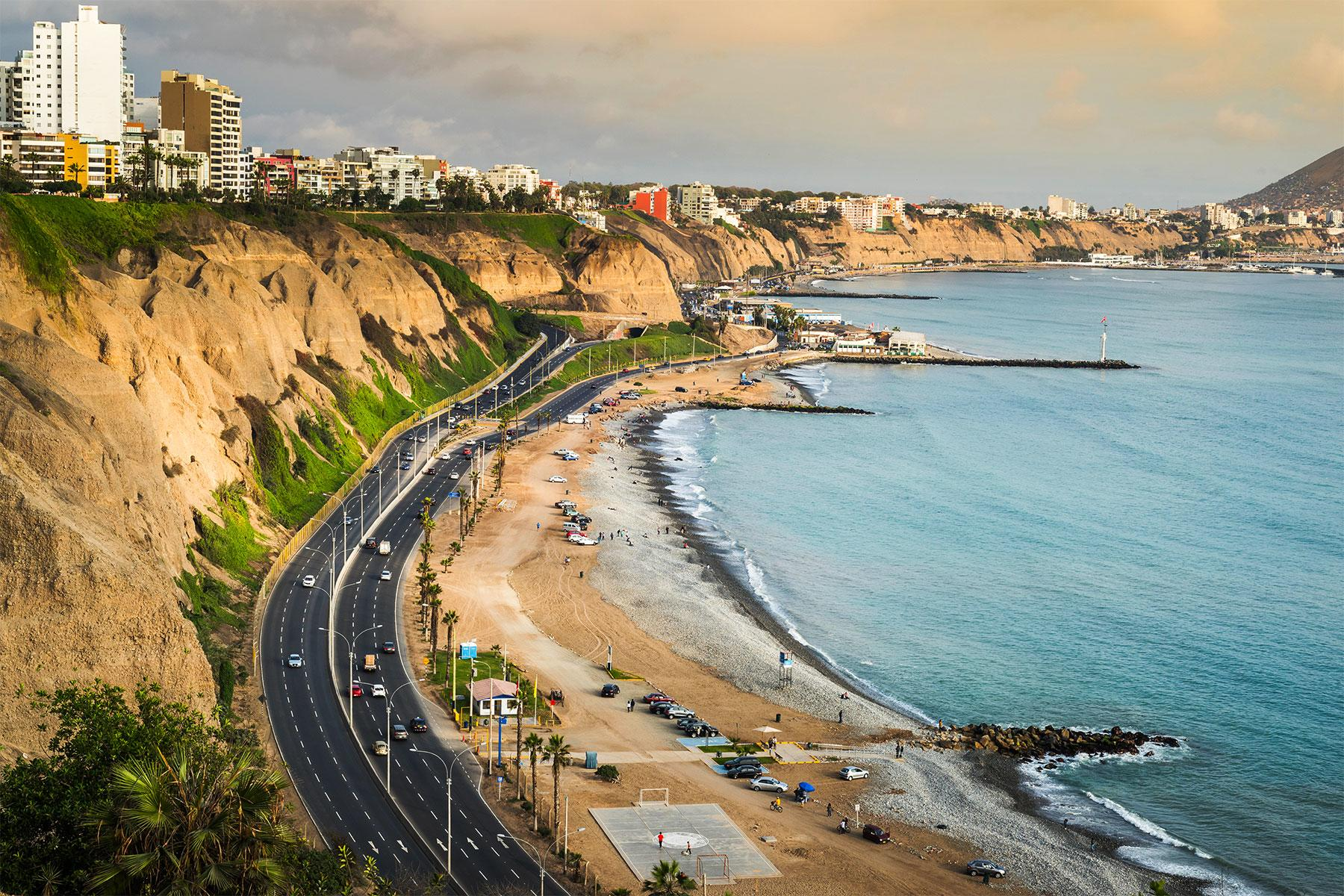 12 Best Cities With Beaches