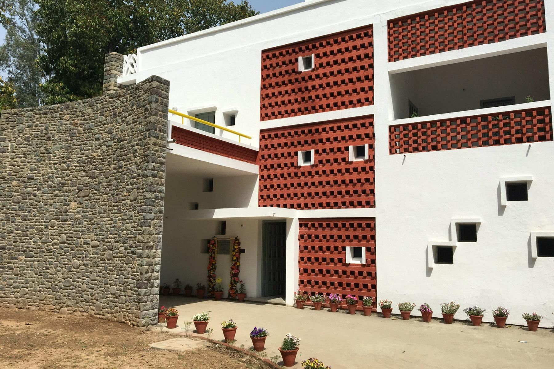 the most incredible architecture by le corbusier in india
