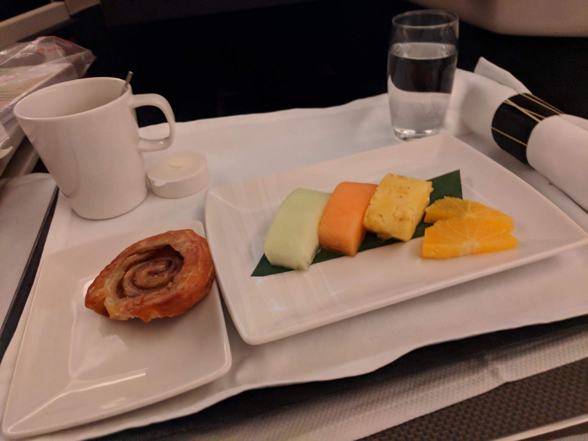 Flight, Meal, Fruit