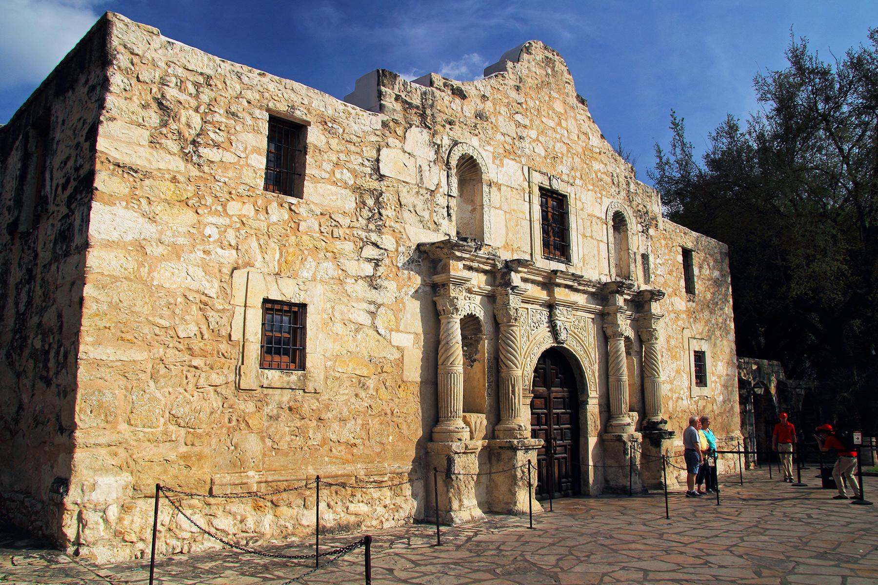 Things You Need To Know Before Visiting The Alamo Mission