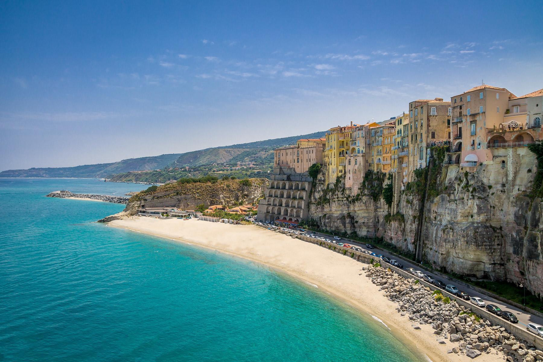 reasons-to-visit-tropea-Beaches-3