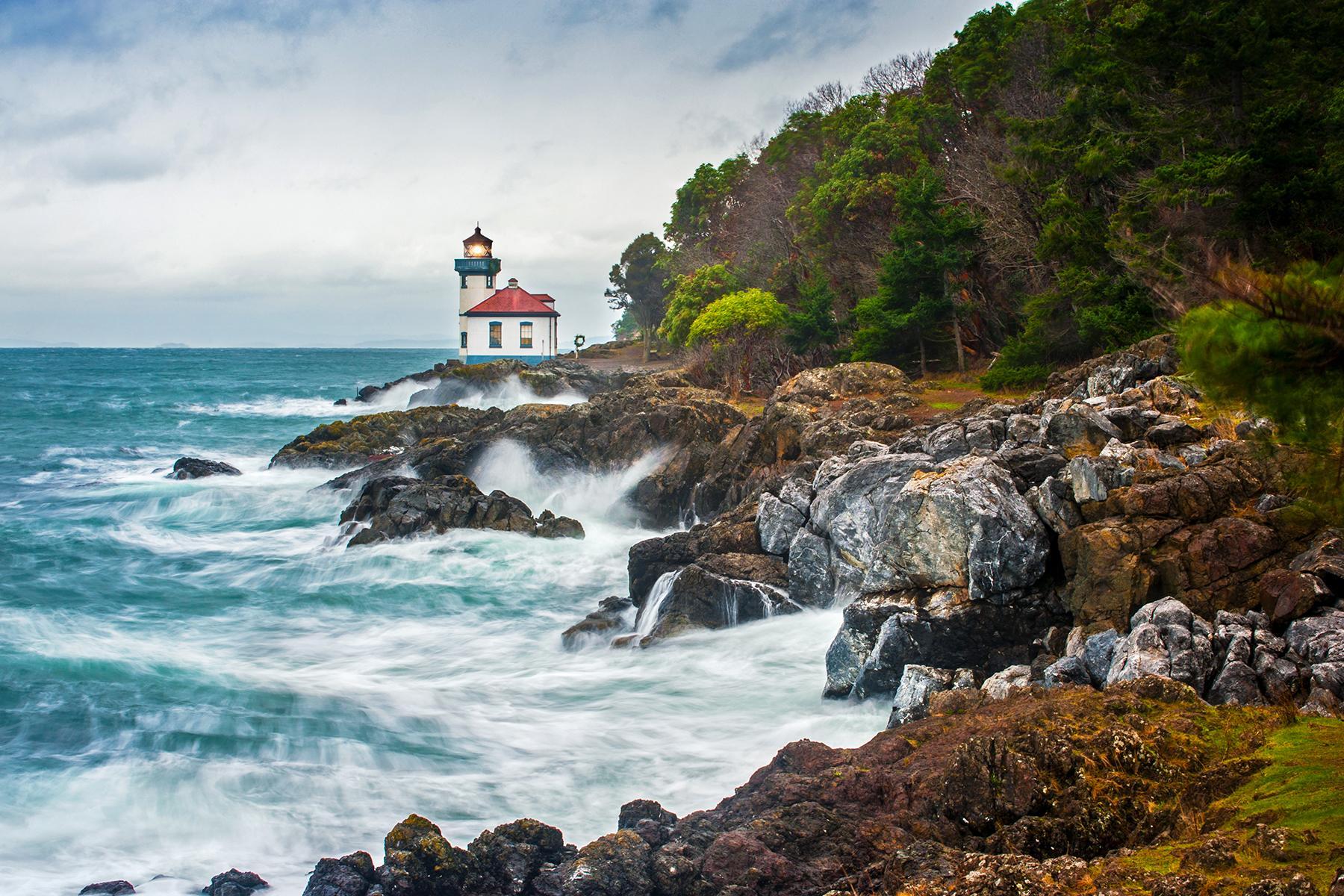 Best Beach Towns For Artists