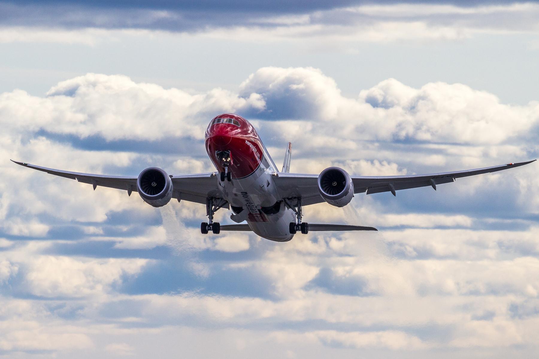 Resultado de imagen para low cost airport europe