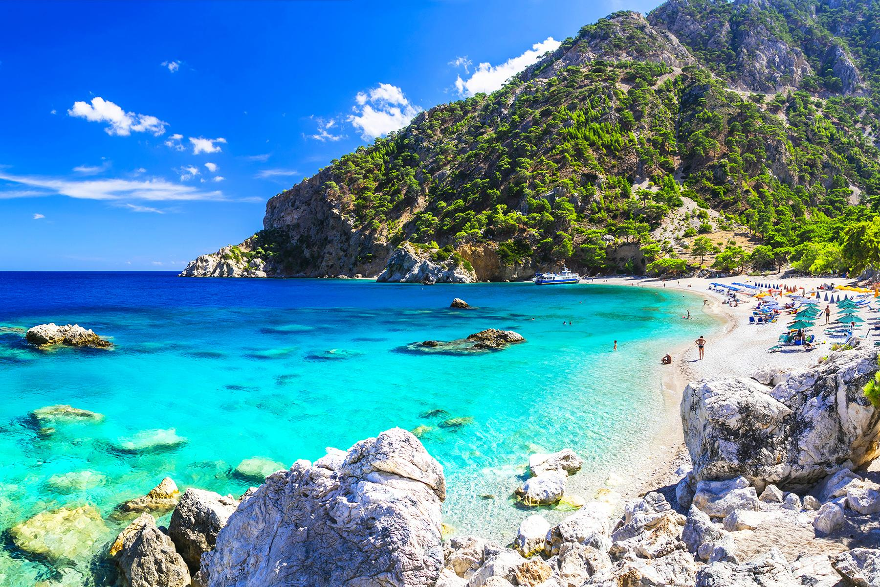 Luxury On A Budget Greek Islands