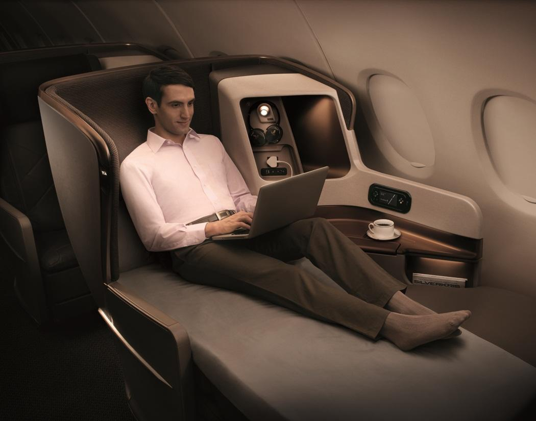 Singapore Airlines B777 - Business Class (6)