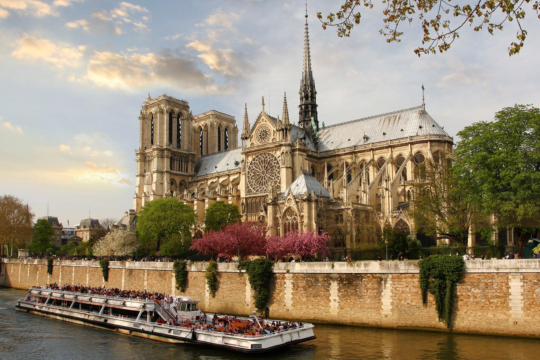 10 Notre Dame the 25 ultimate things to do in paris The 25 Ultimate Things to Do in Paris 10 Notre Dame