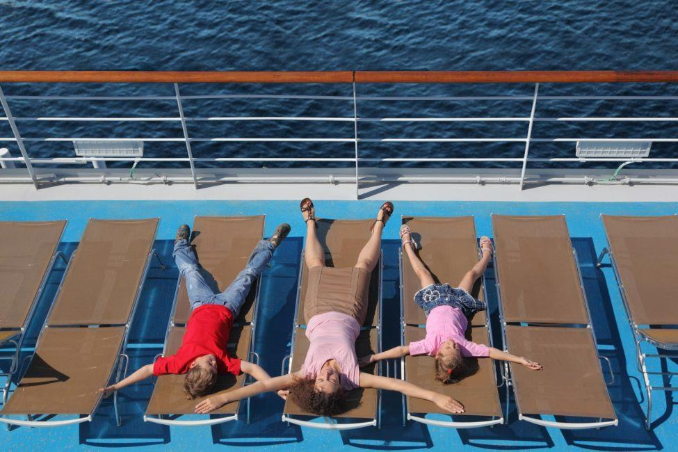 Family Cruise Relaxing