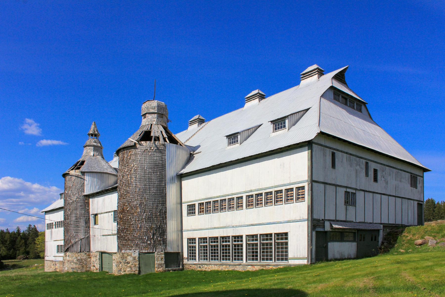 02_Historic_Sites_Atlantic_Canada_Minister's_Island_dreamstime_l_90634031