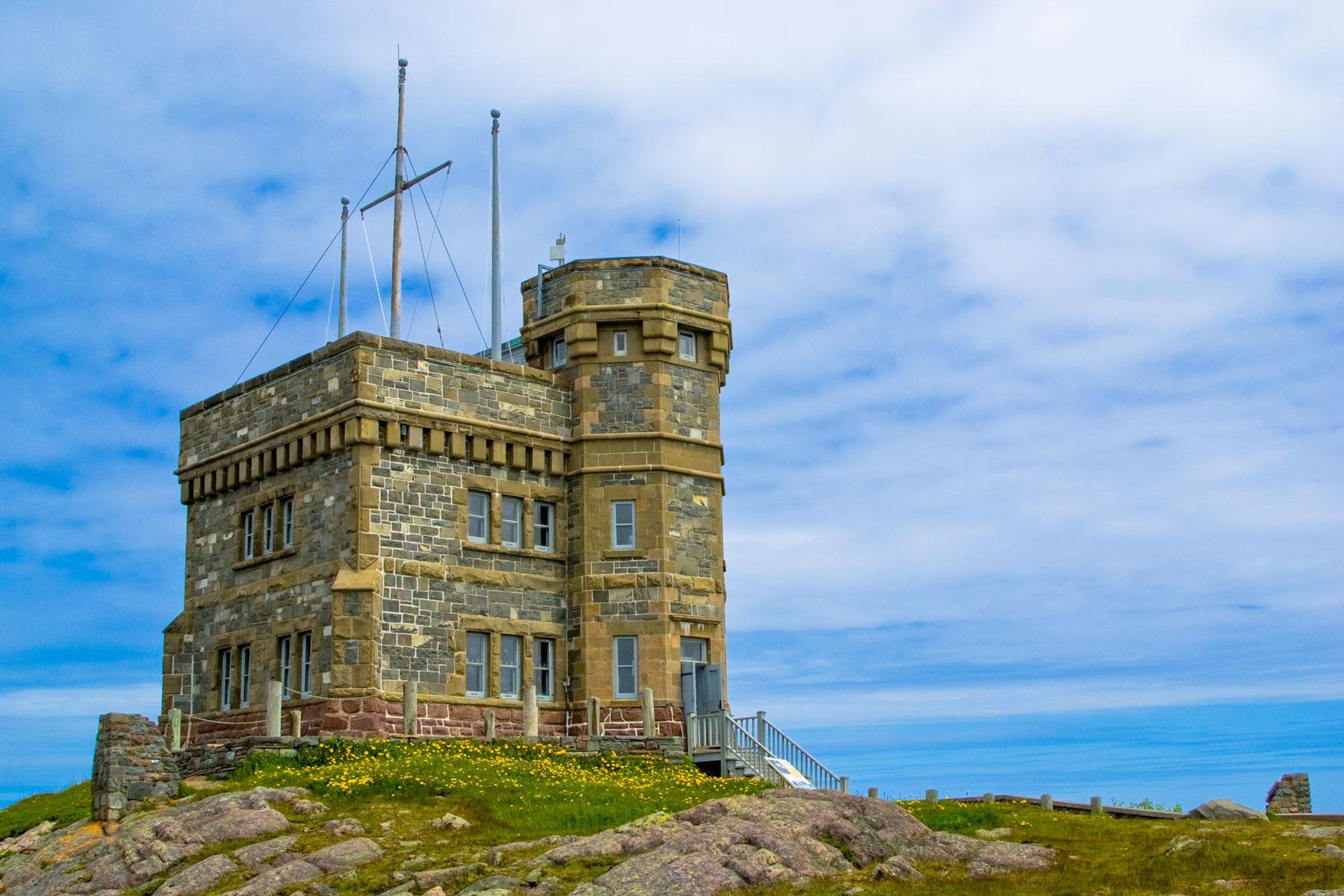 06_Historic_Sites_Atlantic_Canada_Signal_Hill_dreamstime_l_20228686
